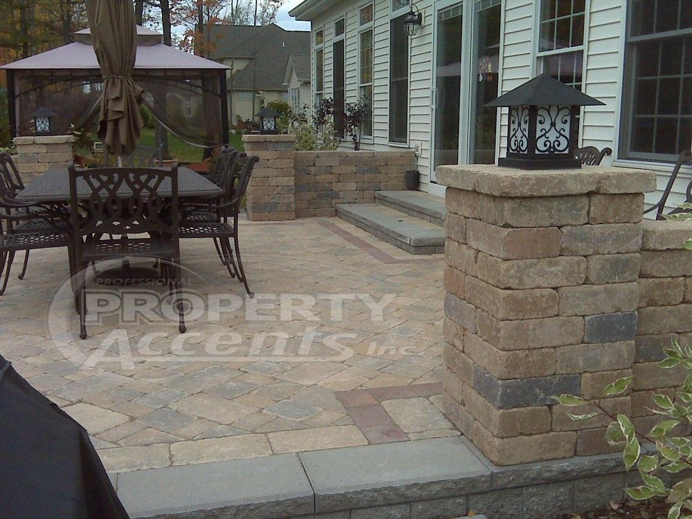 Elevated Patio With Stone Walls. Photo 3
